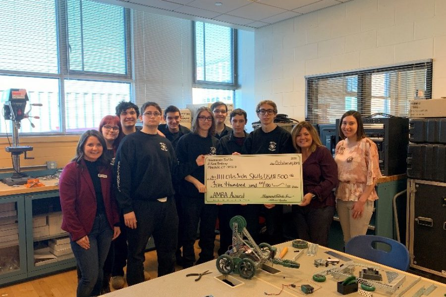 Kim Coombs Donates Her AMBA Prize to Ellis Tech's Robotics Team